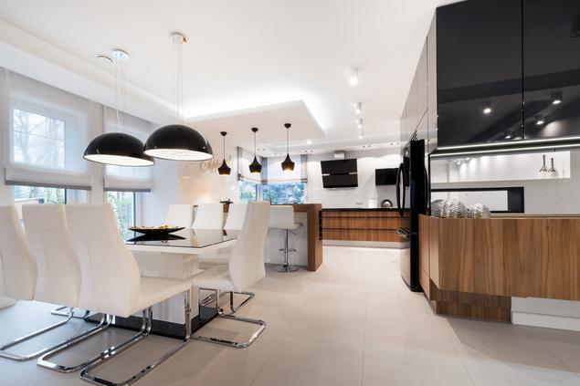 Zobacz galerię zdjęć Biało czarna kuchnia i drewniane   -> Kuchnia Bialo Czarna Galeria